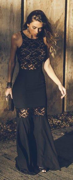 Modern Black Lace Sleeveless Maxi Dress
