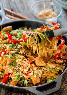 Spicy Thai Chicken and Veggie Noodles - Jo Cooks - the best and easiest way to make Thai style noodles, loaded with veggies and chicken. Perfect for a busy weeknight! Spicy Thai Noodles, Veggie Noodles, Rice Noodles, Asian Recipes, Healthy Recipes, Thai Recipes, Healthy Breakfasts, Healthy Snacks, Asian Foods