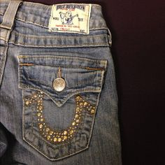 True Religion Original Straight Leg Jeans From BEFORE the styles had human names!!!The perfect fit, and perfect denim weight with stretch. Has a tiny working flap pocket in front. Used conditon, no flaws. Broken in, but still has a full life ahead! Buddha patch and Buddha print material inside front pockets. Small amount of half tear distressing on thighs, copper color bling on back, all in tack. Open to offers or save 20% with a bundle. True Religion Jeans Straight Leg