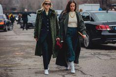 Street Style at the Milano Fashion Week Fashion Week 2018, Milano Fashion Week, New York Fashion, Milan Fashion, Street Style 2018, Yorkie, Fall Winter, Leo, Jackets