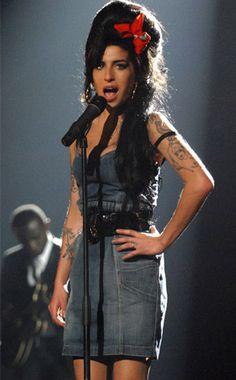 Os motivos pelos quais sentimos falta de Amy Winehouse