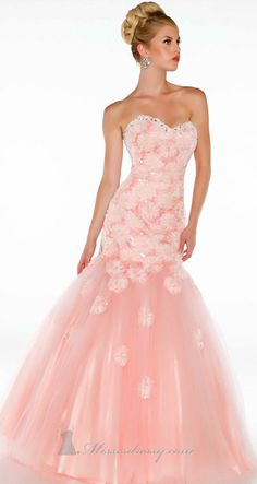 40 Amazing COUTURE DRESSES By MAC DUGGAL   #fashion www.finditforweddings.com