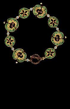 Jewellery Theatre: Jewellery Caravaggio Bracelet. 10 diamonds, 12 cognac diamonds, 173 yellow sapphires, 87 dark yellow sapphires, 290 tsavorits, gold.