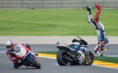 Jorge Lorenzo the wrong way up! Highside @ Valencia Motogp