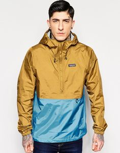 Patagonia Torrentshell Overhead Jacket at ASOS. Outdoor Wear, Outdoor Outfit, Hip Mens Fashion, Men's Fashion, Swag Outfits, Sport Outfits, Mens Outdoor Jackets, Casual Professional, Winter Fashion Outfits