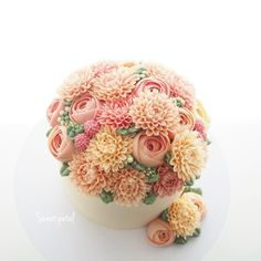 1 pound flower buttercream cake
