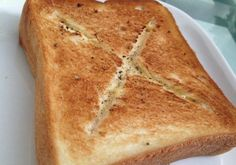 サクっサクっのトーストの中から、とろとろチーズが本当に激ウマっな「チーズフォンデュトースト」を知っていますか?…