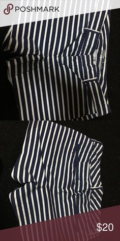 Old navy shorts Size 2 navy blue shorts and white stripes very comfy and cozy I must say... Old Navy Shorts Bermudas