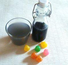 Sirop de Dragibus ® Je vous propose aujourd'hui une petite boisson originale et régressive : un sirop aux bonbons Dragibus ®. L'occasion de faire plaisir aux plus jeunes ou de … retomber en enfance ! Un parfum très sympa à consommer en boisson ou pour...