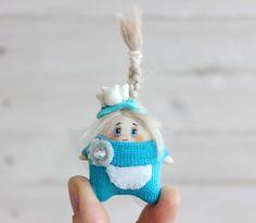 My new tooth fairy Handmade Toys, Handmade Crafts, Etsy Crafts, Etsy Handmade, Polymer Clay Dolls, Cute Toys, Fairy Art, Tooth Fairy, Soft Dolls