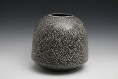 Vessel with Meandering Lines, David Roberts
