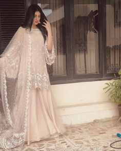 A-Line Wedding Dresses Collections Overview 36 Gorgeou… Shadi Dresses, Pakistani Formal Dresses, Pakistani Wedding Outfits, Pakistani Dress Design, Bridal Outfits, Indian Dresses, Indian Outfits, Pakistani Sharara, Pakistani Fashion Party Wear