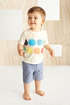 Sweet apple stamped shirt, striped shorts. Sewing and fabric painting inspiration.
