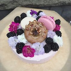 "Pink 6"" mini cheesecake with buttercream, fresh edible flowers, blackberries, macaroons and a mini donut  .  .  .  .  .   #foodstyling #brooklynbakes #thebakefeed #cake #madewithkitchenaid #edibleflowers #cheesecake #brooklyn #artisanalbaking #cakedesign #chocolate #f52grams #foodporn #cakelife #eattheworld  @zagat @beautifulcuisines @foodandwine @huffposttaste  @nycfoodie @bonappetitemag @forkfeed @infatuation @food52@thefeedfeed @tastingtable @refinery29 @munchies"