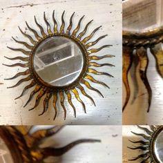 petit miroir de sorcière en métal dorée . XX siècle .