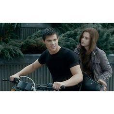 Twilight Wolf Pack, Jacob Black Twilight, Twilight Cast, Twilight Series, Twilight Movie, Stephenie Meyer Twilight, Jacob And Bella, Cameron Bright, The Twilight Saga Eclipse