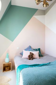 Looking to Geometric Wall Painting Ideas And How To Make It? Here are DIY painted geometric wall decor, How To Paint A Geometric Wall and Dazzling Geometric Walls for the Modern Home. Bedroom Wall, Bedroom Decor, Wall Decor, Wall Mural, Bedroom Ideas, Paint Decor, Boy Decor, Wall Lamps, Design Bedroom