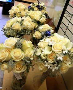 Tips for Choosing Your Wedding Florist | Sending Smiles ~
