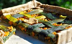 This rustic vegetable pie is very tasty despite only requiring a few simple ingredients. The lattice arrangement of the sautéed leeks along with the bright and beautiful gingery carrots will wow whoever has the honor of sharing this quiche with you. It is an excellent healthy option to bring to picnic and parties.