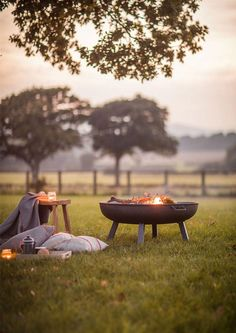 "Obtain excellent suggestions on ""outdoor fire pit ideas"". They are offered for you on our web site. #outdoorfirepitideas"