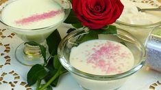 Rosen-Erdbeer Pudding Dessert - Güllü Muhallebi - Rezept von Lila Kuchen Pudding Desserts, Panna Cotta, Sugar, Ethnic Recipes, Food, Cooking, Purple Cakes, Strawberries, Dulce De Leche