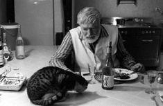 25 rares photos historiques que vous n'oublierez pas de si tôt Ernest hemingway
