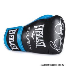 Custom-made Everlast boxing glove signed by UFC champion Ronda Rousey. Everlast Boxing Gloves, Skipping Rope, Gym Gear, Ronda Rousey, Kickboxing, Ufc, Gym Workouts, Champion, Bags