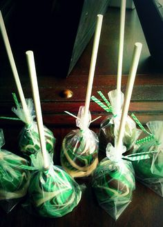 Camo Cake Pops  gotta try for wounded warrior hunt!