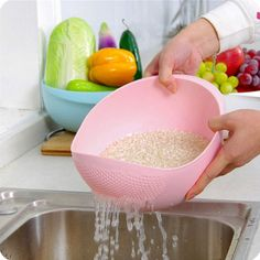 Vegetable Rice and Fruits Washing Bowl & Strainer Eco-Friendly BPA Free Basket. We made a vegetable strainer so that your kitchen is more simplified.A thorough washing can significantlyreduce toxins and chemical levels.Try the product out and we guarantee you'll simply love it! Promise !Wash MANY MORE..