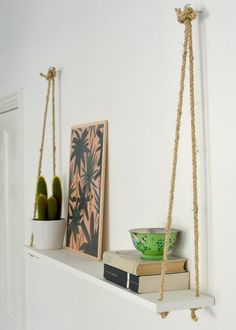 DIY Hacks for Renters - DIY Easy Rope Shelf - Easy Ways to Decorate and Fix Thin. DIY Hacks for Renters - DIY Easy Rope Shelf - Easy Ways to Decorate and Fix Things on Rental Property - Decorate Walls, Cheap Ideas for Maki. Easy Home Decor, Cheap Home Decor, Diy Decorations For Home, Cheap Bedroom Ideas, Easy Diy Room Decor, Diy House Decor, Hanging Decorations, Home Craft Ideas, Dyi Wall Decor