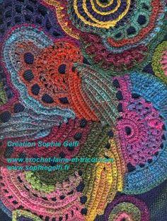"Freeform Crochet ""Russian Rhapsody"" Sophie Gelfi Designs - Sophie Gelfi créations textiles"