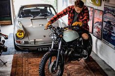 Let's go .... where?? . . 📸 @jaccobrinkdesign #roadtrip #porsche #911 #getoutanddrive #porsche911 #porscheoutlaw #porsche911backdate… Blitz Motorcycles, Cars And Motorcycles, Porsche 911 S, Vintage Cafe Racer, Bmw Boxer, Moto Bike, Roadtrip, Transportation Design, Custom Cars