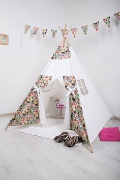 Butterflies teepee. Children's Teepee Playtent. Children's House. Children's tent. Playhouse. Wigwam - pinned by pin4etsy.com