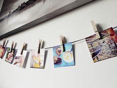 na ścianie w salonie jak będzie miejsce, albo w korytarzyku chcę pozawieszać fajne zdjęcia wspólne na klamerkach