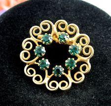 "Delicate GREEN RHINESTONE SCROLL Lapel PIN Vintage BROOCH Goldtone Circle 1 1/8"""