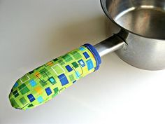 hot pan handle holder - this would be great for  my backpacking cookware!!
