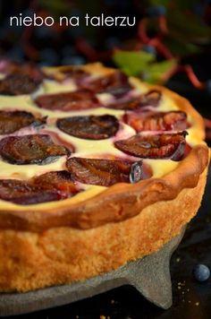 Tarta ze śliwkami Cake Recipes, Dessert Recipes, Desserts, My Favorite Food, Favorite Recipes, Caramel Cheesecake, Plum Cake, Polish Recipes, Mini Muffins