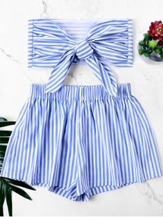 Shop for Knot Bandeau Top with Striped Shorts Set BLUE: Two-Piece Outfits S at ZAFUL. Only $17.04 and free shipping!