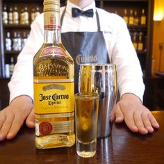 What would you like to drink today? #LaRojeña #Bar