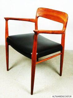 Entwurf 1956 Niels Otto Møller   Produziert bei  J. L. Møller A / S.