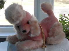 Vintage poodle transistor radio from the IDeal toy company. Perfect condition!