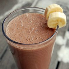 Save the calories of the ice cream and syrup and enjoy a guilt free Banana Split! Get your Shakeology for this recipe here: http://santofitlife.com/shakeology/