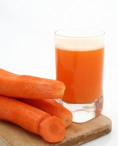 Carrot Juice. Carrots are full to the brim with vitamins and minerals and so will you with this easy raw food recipe! Carrots won't help you to see in the dark, but they are good for your overall eyesight as well as your skin and hair. For this recipe we suggest that you peel each of the fruits for taste.