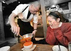 sparking like jewel #salmonroe #tsukkomeshi #sapporo #hachikyo #hokkaido #japan #japankuru #travel #trip #ikura #washoku #sushi