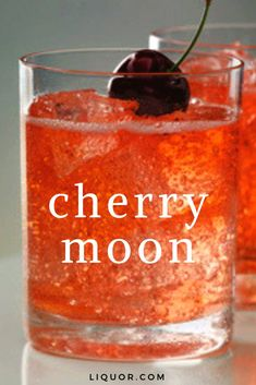 This vodka cocktail is bubbly and sweet, making it a great happy hour cocktail. Make this simple cocktail that's great all year round. Put a cherry kick in your vodka cocktail. Liquor Drinks, Non Alcoholic Drinks, Beverages, Breakfast Alcoholic Drinks, Easy Cocktails, Cocktail Drinks, Cherry Cocktails, Easy Vodka Drinks, Coconut Vodka Drinks