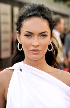 Megan Fox is living proof that you don't necessarily have to be a good actor to be successful in hollywood. You just have to be beautiful.