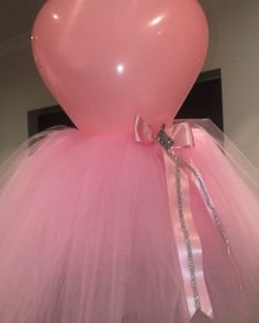 Baby Shower Decorations 572309065146024361 - Mannequin Ballerina Centrepiece Source by Girl Baby Shower Decorations, Balloon Decorations Party, Balloon Centerpieces, Baby Shower Centerpieces, Birthday Decorations, Balloon Ideas, Party City Balloons, Ballerina Party Decorations, Balloon Garland