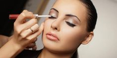 All The Makeup Secrets Of Top Makeup Artists Disclosed For You!