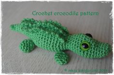 Work the crocodile in continuous rounds without joining the rounds with a slip stitch. The head, body and tail will be crocheting one-piece.