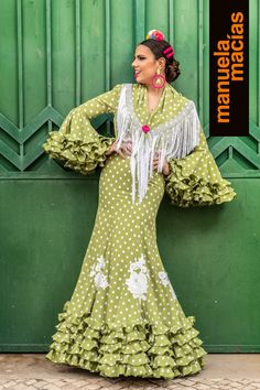 Colección 2019 Manuela Macías Moda Flamenca Flamenco Costume, Flamenco Dresses, Fancy Hats, African Dress, Gypsy, Cover Up, Polka Dots, Sari, Costumes